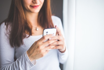 Heimlich die SMS lesen vom Partner